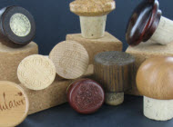 Plastic & Wood Top Stoppers